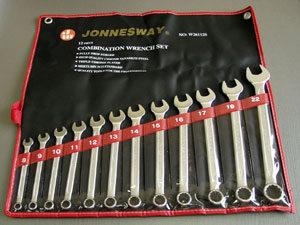 Набор комбинированных ключей  8-22 12шт. Jonnesway  (047355)